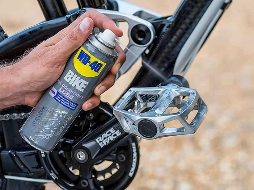engrasar una bicicleta