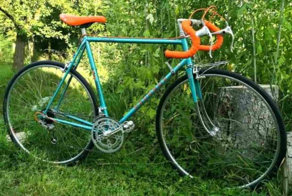 bicicleta de acero